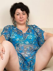 Think, mature busty women Naked white difficult tell