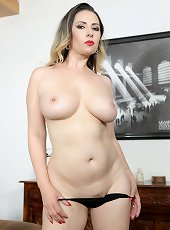 Gorgeous MILF model endures deep penetration action